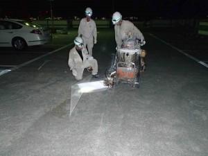 ショッピングセンター駐車場ライン整備工事